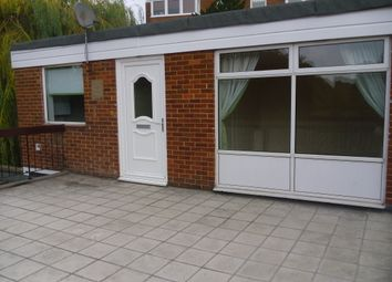 Thumbnail 3 bed flat to rent in North Street, Carshalton