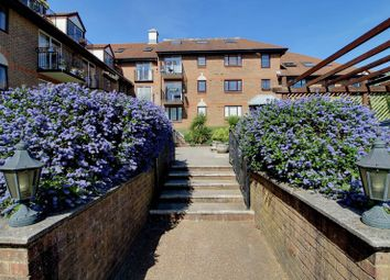 2 bed flat for sale in Lansdowne Road, Purley CR8