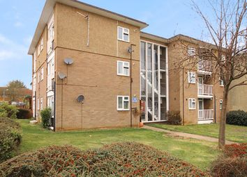 Thumbnail 1 bedroom flat for sale in Long Riding, Basildon