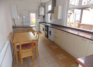 Thumbnail 6 bed terraced house to rent in Wentworth Road, Leicester