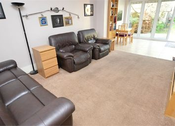 Thumbnail 3 bedroom flat for sale in Thornhill Road, Croydon