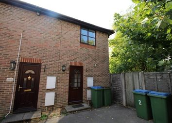 Thumbnail 2 bed property to rent in Station Road, Horsham