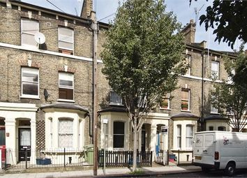 Thumbnail 4 bed flat to rent in Larcom Street, Elephant And Castle, London