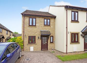 Thumbnail 2 bed property for sale in Coxwell Gardens, Faringdon