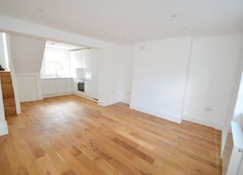 Thumbnail 1 bed maisonette to rent in Caledonian Road, London