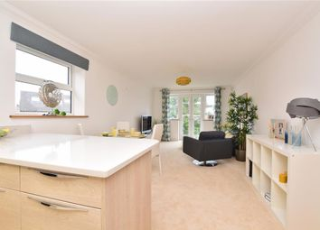 Thumbnail 2 bedroom flat for sale in Chaldon Road, Caterham, Surrey