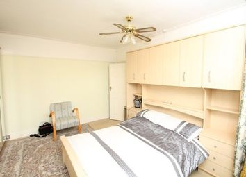 Thumbnail Room to rent in The Drive, Beckenham