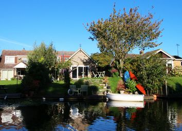 Thumbnail 3 bed semi-detached house for sale in Seas End Road, Surfleet, Spalding