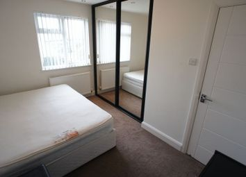 Thumbnail Room to rent in Room 3, Kings Road, South Benfleet