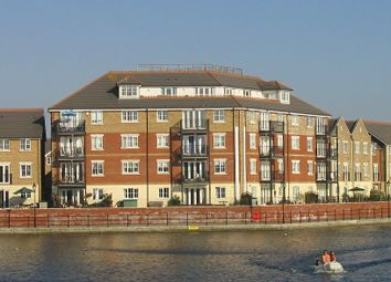 2 bed flat to rent in Harbour View, Long Beach View, Sovereign Harbour North, Eastbourne BN23
