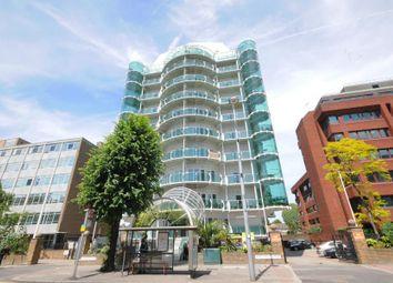 2 bed flat to rent in Uxbridge Road, London W5