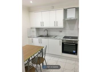 Thumbnail 2 bed flat to rent in Peninsula Court, London