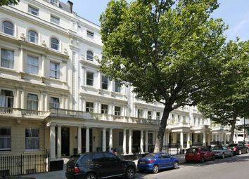 Thumbnail 2 bed flat to rent in Queens Gate, London