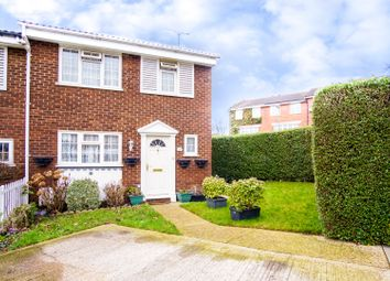 Thumbnail 3 bed terraced house for sale in Firs Avenue, London