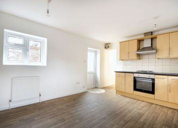 Thumbnail 3 bedroom flat for sale in Chatsworth Road, London