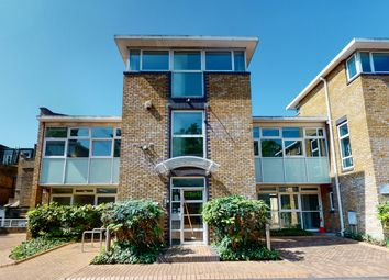 Office to let in 1 Hampstead Gate, Frognal, Hampstead NW3