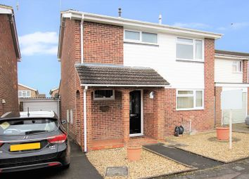 Thumbnail 3 bed detached house for sale in Colne Close, Grove, Wantage