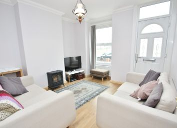 Thumbnail 2 bed property to rent in Marks Road, Romford