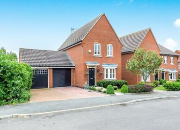 Thumbnail 3 bed detached house for sale in Collier Row, Romford, Essex