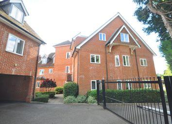 Thumbnail 1 bed flat to rent in Hurst Park, Horsham