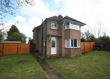 Thumbnail 3 bed detached house to rent in Sandyhurst Lane, Ashford