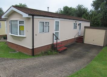 Thumbnail 2 bed mobile/park home for sale in Merrywood Park (Ref 5682), Boxhill, Dorking, Surrey