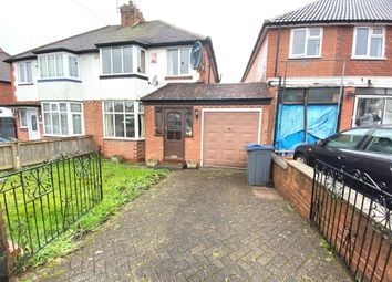 3 bed property to rent in Worlds End Lane, Quinton, Birmingham B32