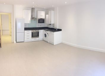 Thumbnail 1 bed flat to rent in Bounds Green Road, Bounds Green, London