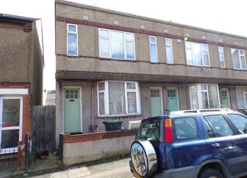 Thumbnail 1 bed flat to rent in Mead Road, Gravesend