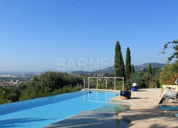 Thumbnail 6 bed villa for sale in Hyeres, Hyeres, France