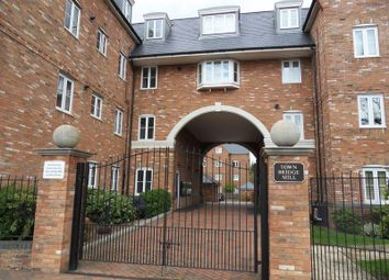 Thumbnail 1 bed flat to rent in Leighton Road, Leighton Buzzard