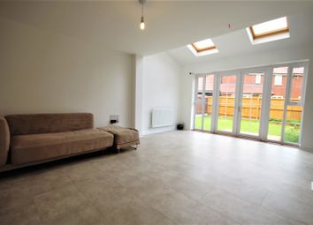 Thumbnail 4 bed property to rent in Broadhurst Place, Basildon