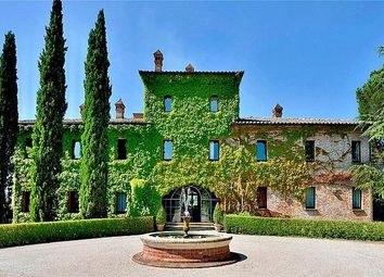 Thumbnail 7 bed property for sale in Luxury High-Tech Villa, Close To Pozzuoli, Umbria, Italy