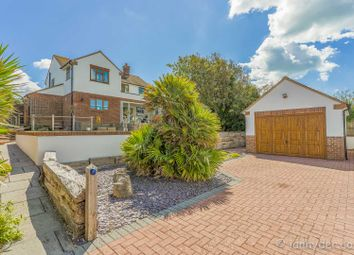Chailey Avenue, Rottingdean, Brighton BN2. 3 bed detached house