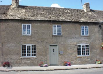 Thumbnail 3 bedroom cottage for sale in London Road, Tetbury