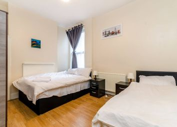 2 bed flat to rent in London Road, Thornton Heath CR7