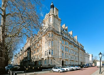 Thumbnail 2 bed flat for sale in Brunswick Place, London