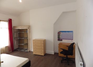 Thumbnail Room to rent in Withburn Road, Southeast London, Lewisham