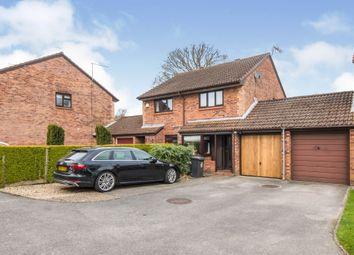 Barle Close, West End, Southampton SO18. 2 bed semi-detached house for sale