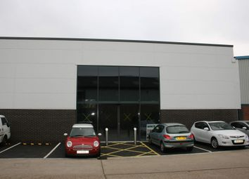 Thumbnail Retail premises to let in Grovebell Retail Park 3, Farnham, Surrey