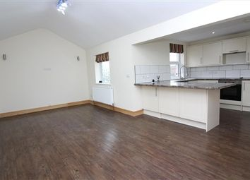 Thumbnail 2 bed flat to rent in Hayfield Avenue, Poulton-Le-Fylde