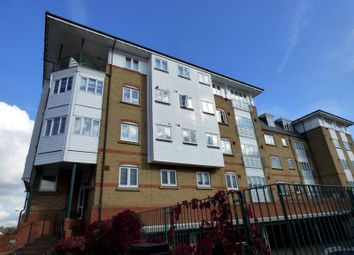 Thumbnail 1 bedroom flat to rent in Gainsborough Court, Homesdale Road, Bromley
