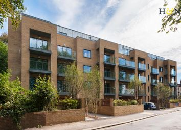 Thumbnail 3 bed flat for sale in Goldstone Crescent, Hove