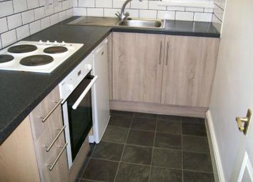 Thumbnail 2 bedroom flat to rent in Thornbury Avenue, Shirley, Southampton