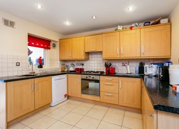 Thumbnail 3 bed terraced house to rent in Robertsfield, Thatcham