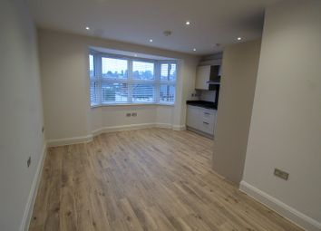 Thumbnail 1 bed flat to rent in Bosworth Road, New Barnet, Barnet