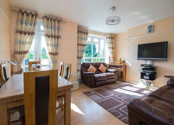 Thumbnail 3 bed flat to rent in Ashley Cresent, London