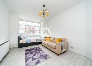 Thumbnail Studio to rent in Vaughan Road, Harrow