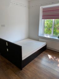 Thumbnail Room to rent in The Bridle Road, Purley