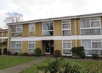 Thumbnail 1 bed flat to rent in Brambledown Road, Wallington